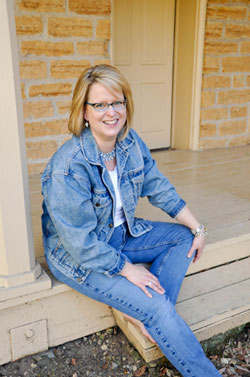 Romance author Shelly Thacker